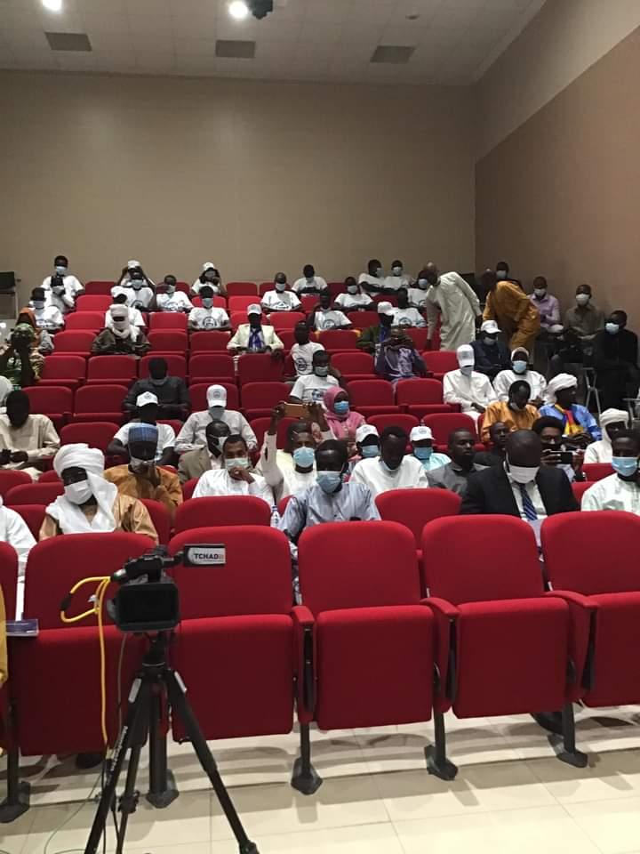 Kabir M. Abdoulaye a dirigé un débat à l'hôtel Radisson