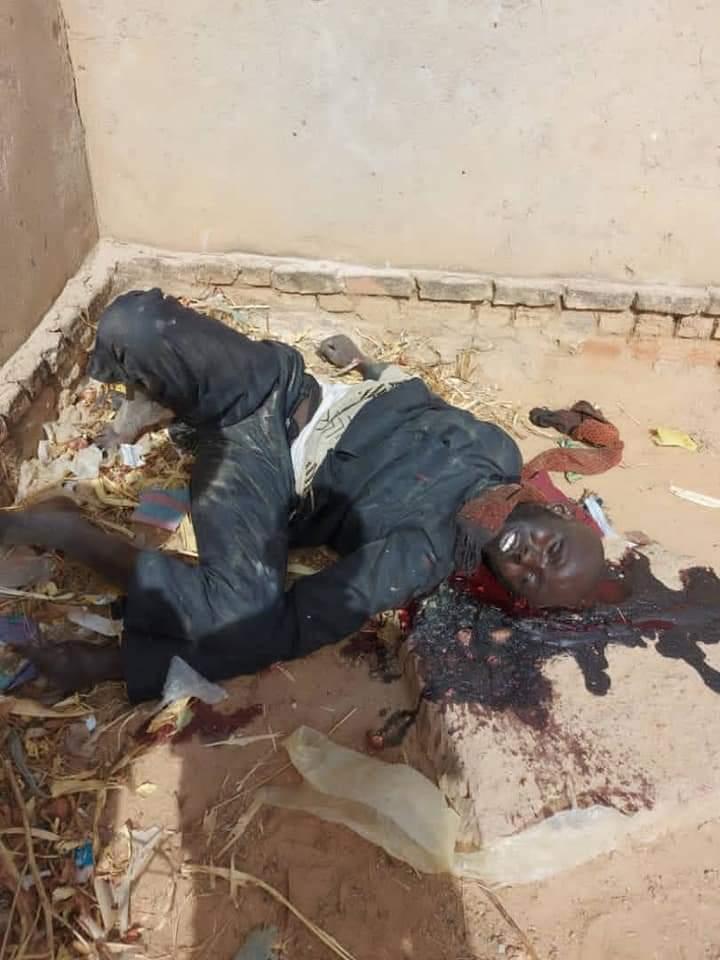 Soudan: L'armée chargée de s'interposer